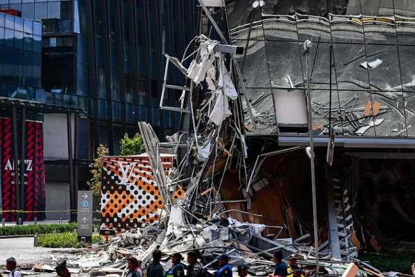 墨西哥一家商场发生垮塌事故