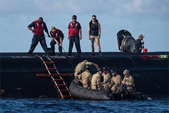 挺开放:多国特种部队进入美军第四代核潜艇演习