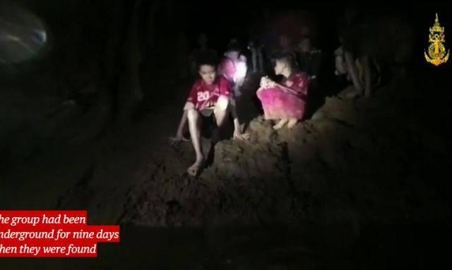 泰国少年足球队被救出来了 好莱坞却坐不住了(图)