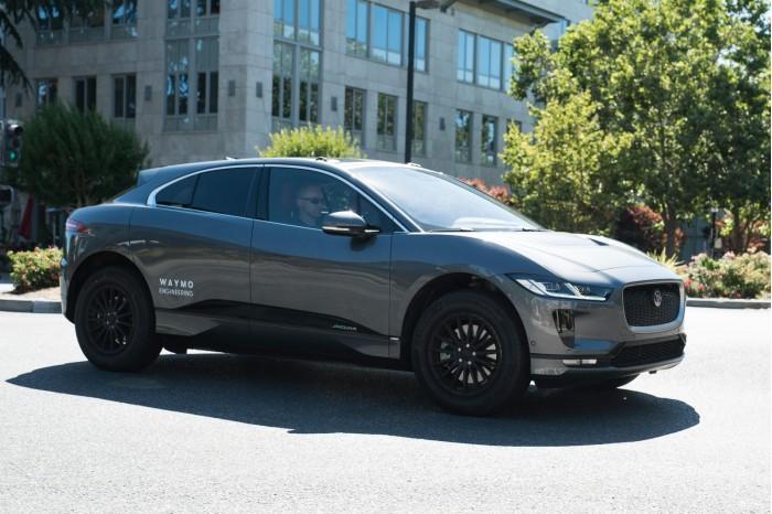 Waymo迎来首批捷豹I-Pace电动SUV 将仅用于开发