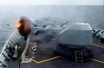 长途奔袭击退来犯之敌!南海舰队演练炮火连天