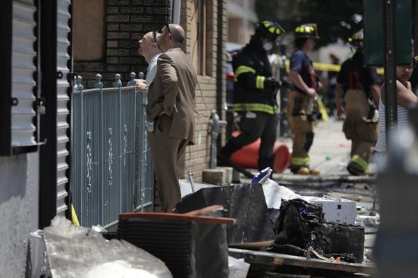美国新泽西州一住宅发生火灾 致2名儿童死亡12人受伤