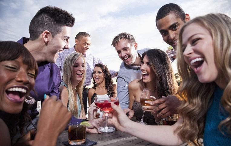 65%美国人认为自己比普通人聪明:年轻男性尤甚
