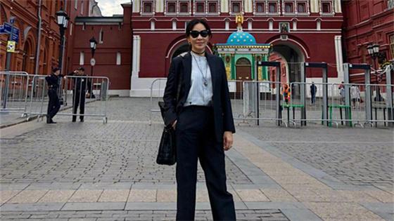 刘嘉玲前往俄罗斯观世界杯
