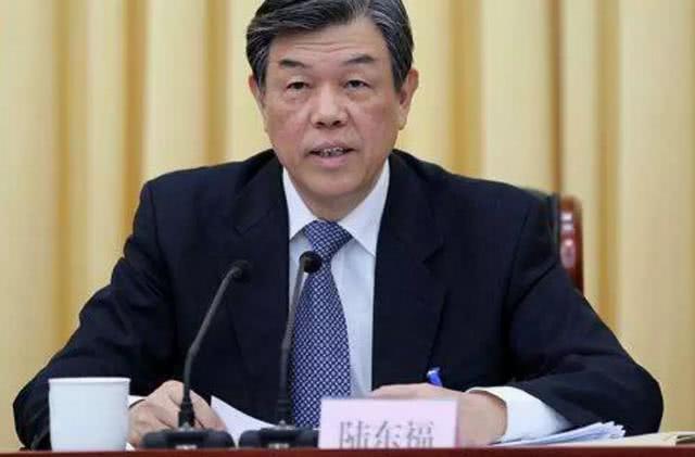 """中国高铁又有重大""""升级"""" :电子客票明年全国推广"""