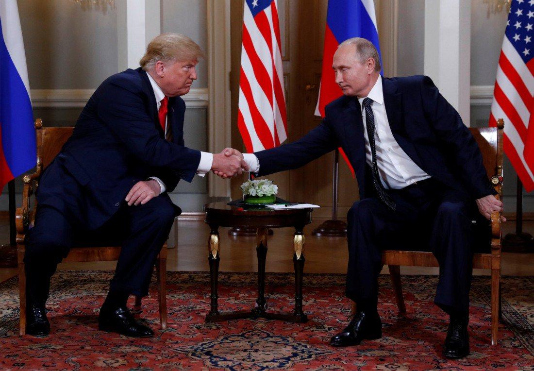 """普京与特朗普结束小范围公开会谈,转入""""闭门会谈"""""""