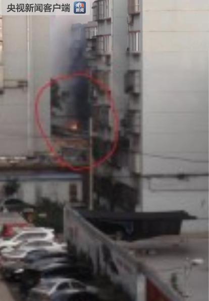 河北邯郸一小区居民家中发生天然气爆炸事故 致多人受伤