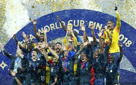 """从AI角度 央视告诉你""""世界杯""""电视怎么选?"""