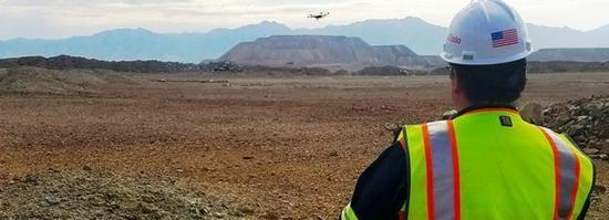 VR+无人驾驶+无人机+区块链:科技将怎样改变采矿业?