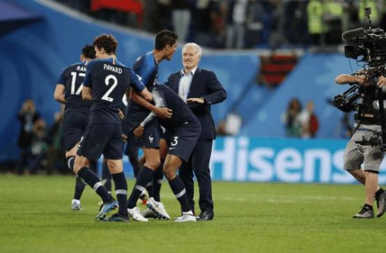 法国队世界杯夺冠 爱尔眼科点赞焕晶F4