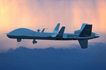 美国察打一体无人机远航挑战 一口气横跨大西洋