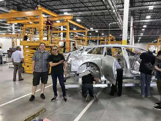 FF员工在朋友圈晒车厂照片:喜庆到达量产里程碑