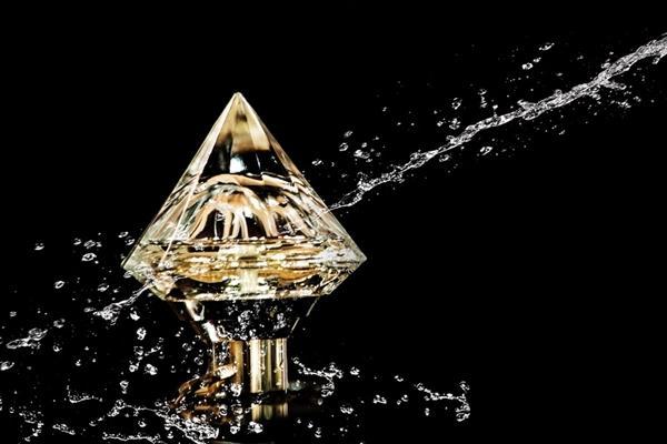 麻省理工出炉新研究:大量钻石藏在地球最深处