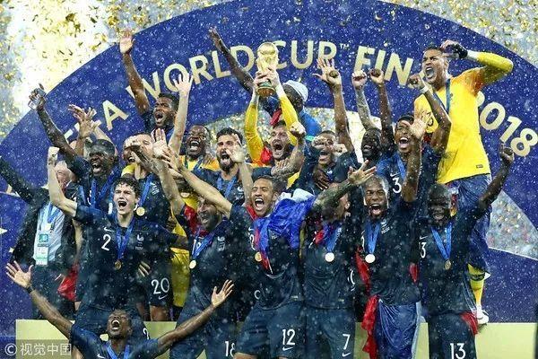 世界杯之后,顶级男模团要重新洗牌了!