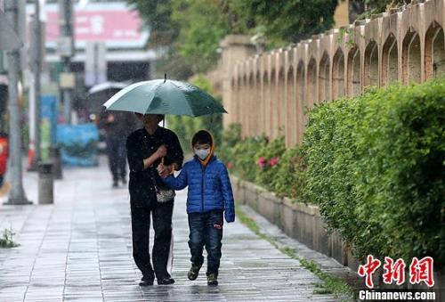 台气候部分:本周两台风或接力 台湾将受影响