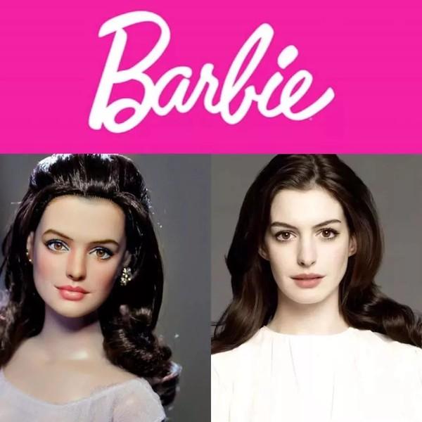 安妮-海瑟薇还原真人版《芭比》 傲人身材收割目光
