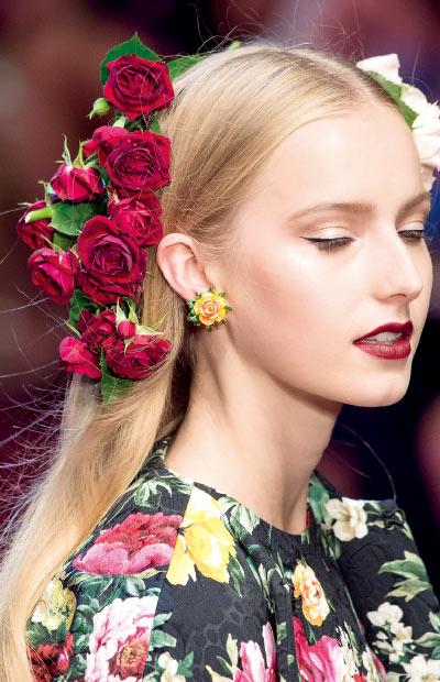 让花儿在耳间盛放
