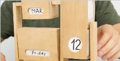 用木头做的无止境翻转日历