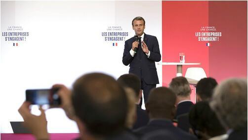法国总统马克龙:将给予劳资双方更高地位