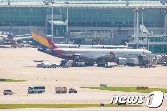 韩亚航空被曝机务不足致航班延误 韩交通部警告可能采取措施应对
