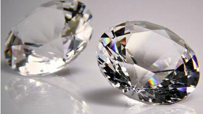 """研究证实地层深处""""沉睡""""有1000万亿吨钻石"""