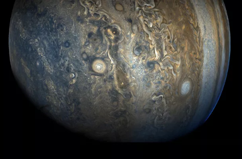 天文学家在木星周围发现10颗新卫星