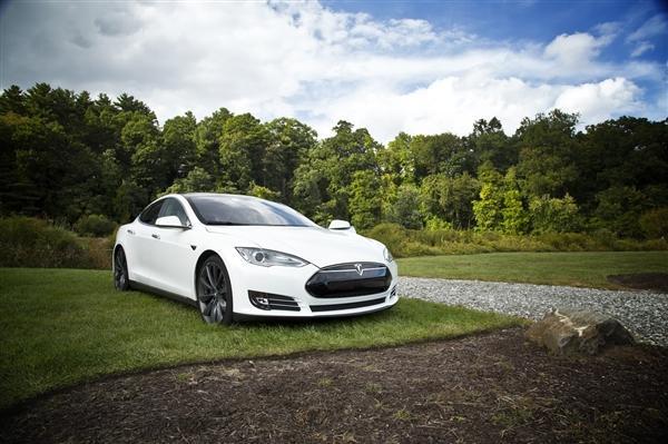 德国要求特斯拉ModelS车主退还4000欧的购车补贴