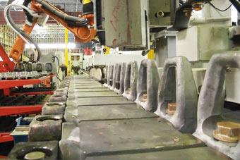 自动化加工:俄罗斯公开阿玛塔坦克履带制造过程