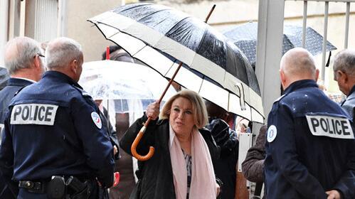 法国一女市长徇私枉法被判刑 剥夺政治权利10年