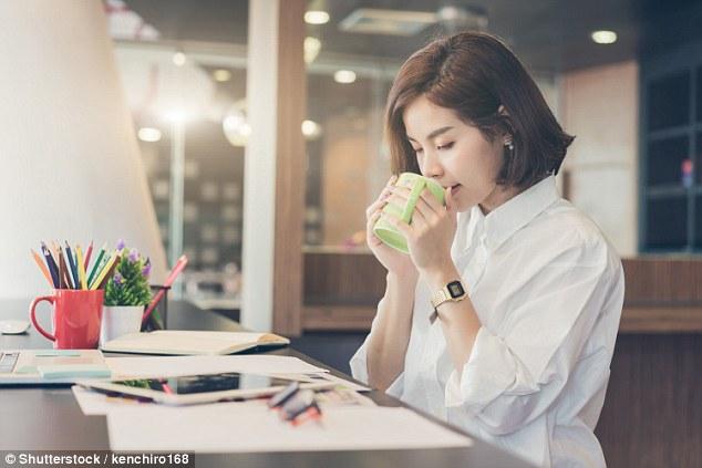 专家:闻闻咖啡就能提起精神