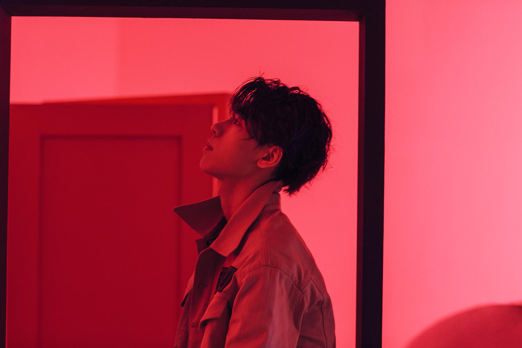 王子异新歌《AMH》销量榜持续第一 制作团队大咖云集