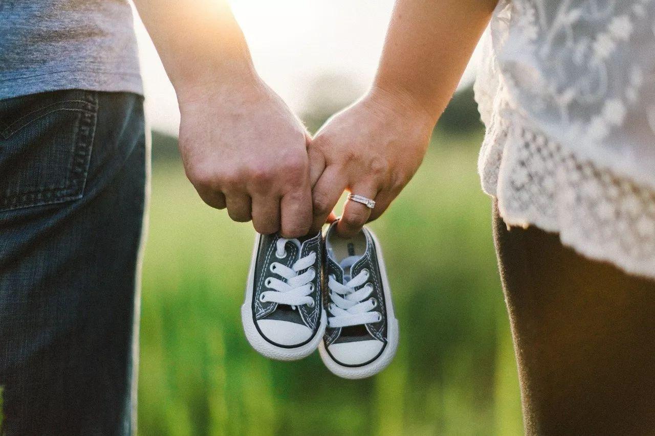 匈牙利生育率不降反升亲家庭文化作用显现