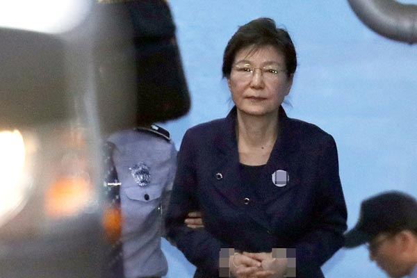 要老死狱中?朴槿惠获刑24年后又吃新官司 再被判8年
