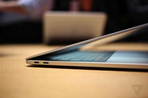 新一代MacBook隐藏特性:雷电接口都是全速