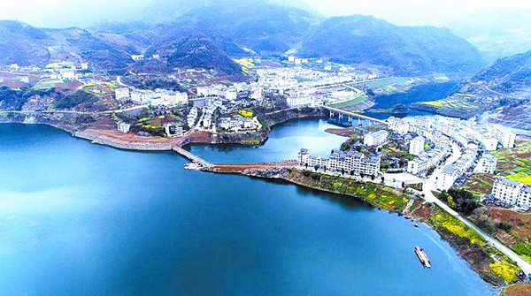 官渡镇:探秘武陵峡、养生百里河