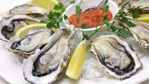 美国71岁男子生吃牡蛎后死亡 专家建议最好煮熟食用