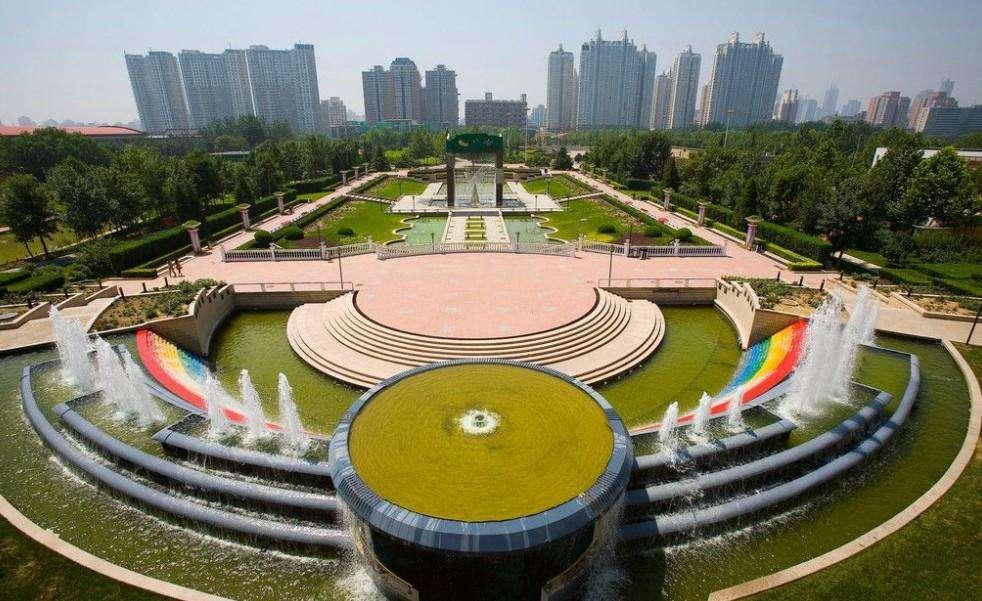 """北京城市总规落地 闹市""""挤""""出公园"""