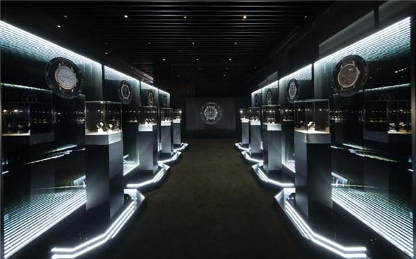 朗格2018年新作全国巡回展正式在上海启程 下个月将来到北京