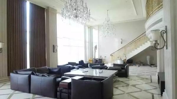 杭州逾千平米豪宅被法拍 一个卧室140平,6026万起拍