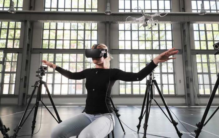 研究人员设计用人体控制无人机 无需操纵杆
