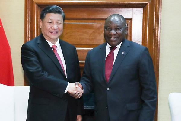 习近平同南非总统拉马福萨举行会谈
