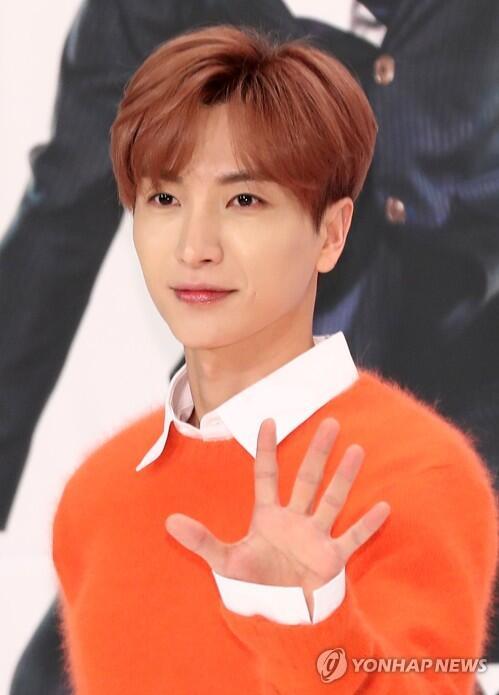 Super Junior利特急性胆囊炎手术成功 取消行程静养