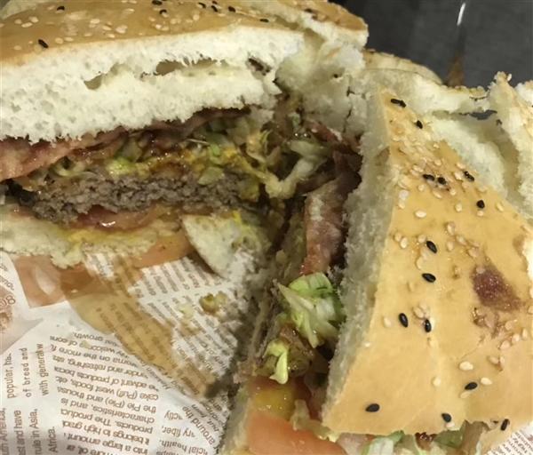 素食者也能享用汉堡 加拿大成功研发纯素汉堡