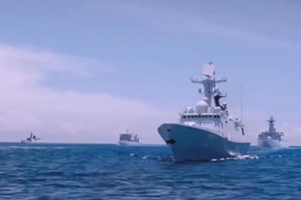 美学者:我喜欢中国海军宣传片