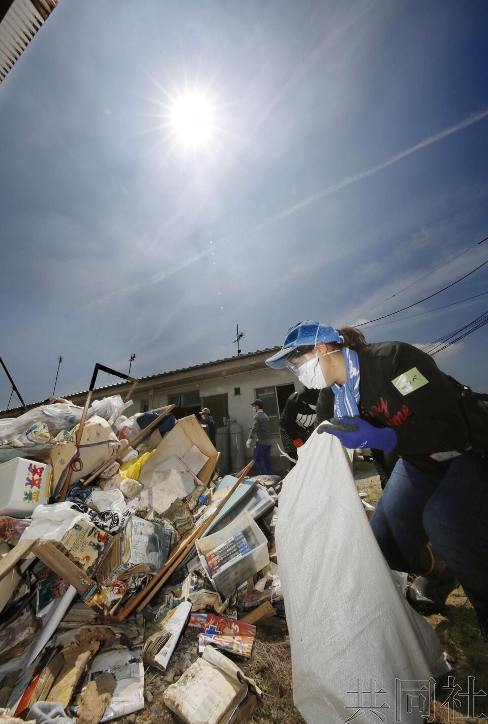 日本多地连日来持续酷暑天气 东京7月有71人中暑死亡