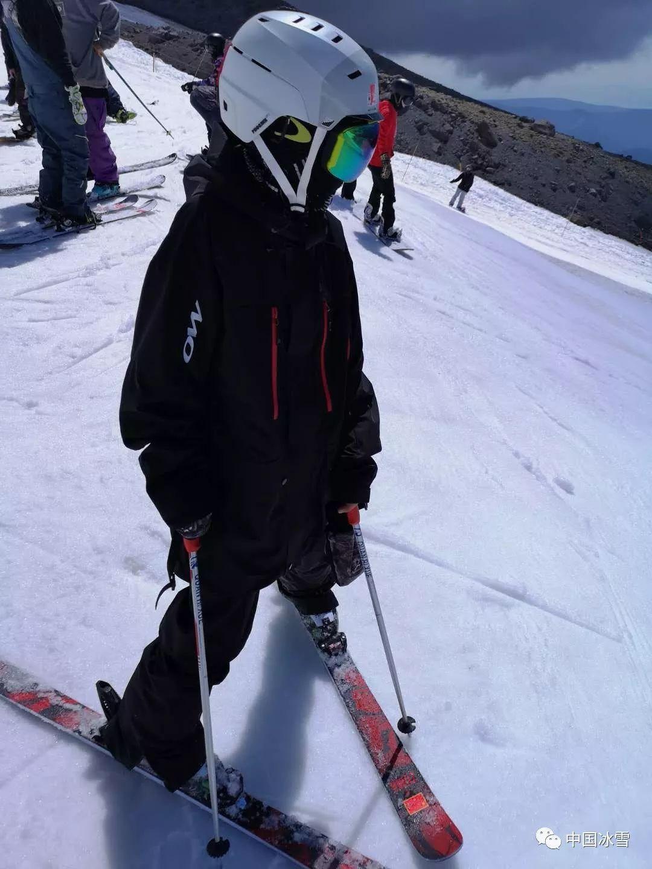自由式滑雪坡面障碍技巧国家集训队完成美国外训任务