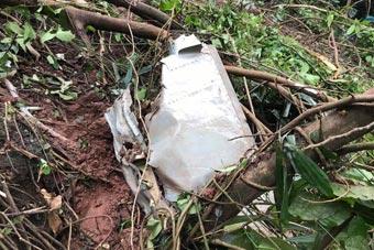 越南一架苏22战机训练时坠毁 机上两人死亡