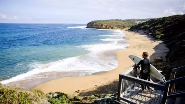 澳洲的冲浪海滩 是每个弄潮儿的终极朝圣地