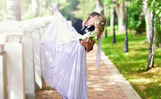 她说我连吻都不会,到底是埋怨,还是鄙视?