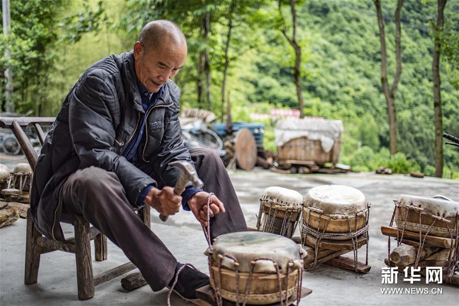(文化)(6)吴开学与他的顶塘鼓